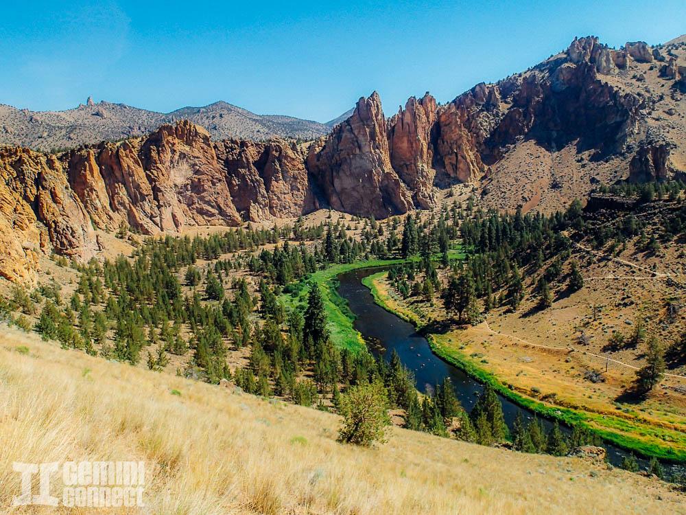 Smith-Rock-Oregon-3.jpg