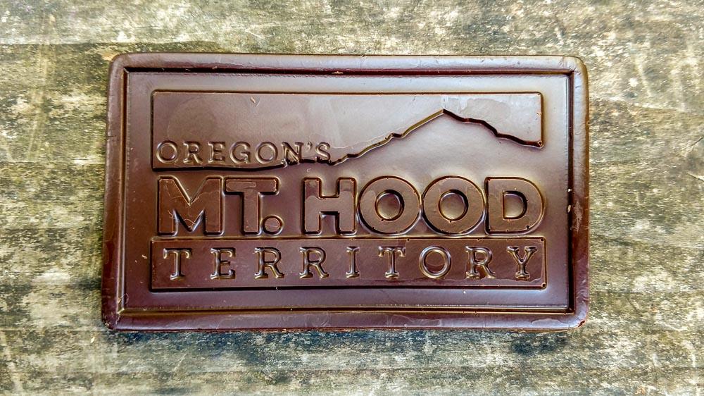 Hood-Gorge-Oregon-Road-Trip.jpg