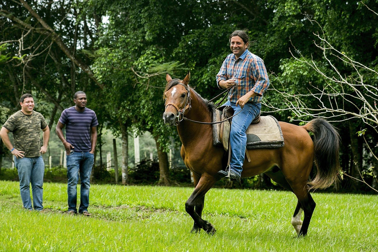 Pratt_Hanna-Stables-Belize-Horseback-Riding_04.jpg