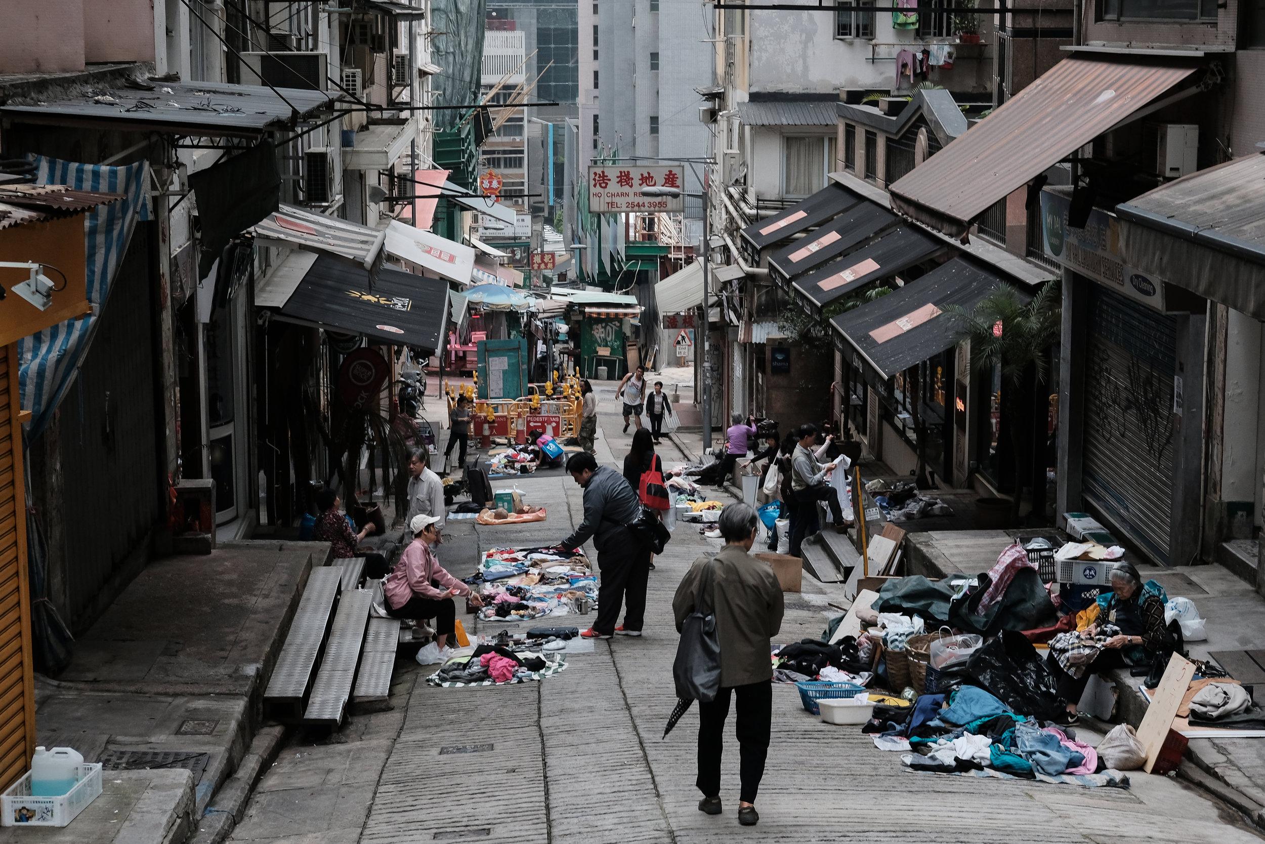 hong-kong-flea-market.jpg