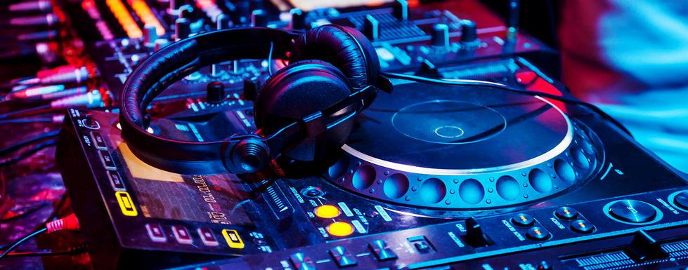 headphones-dj-nerd-live.PNG