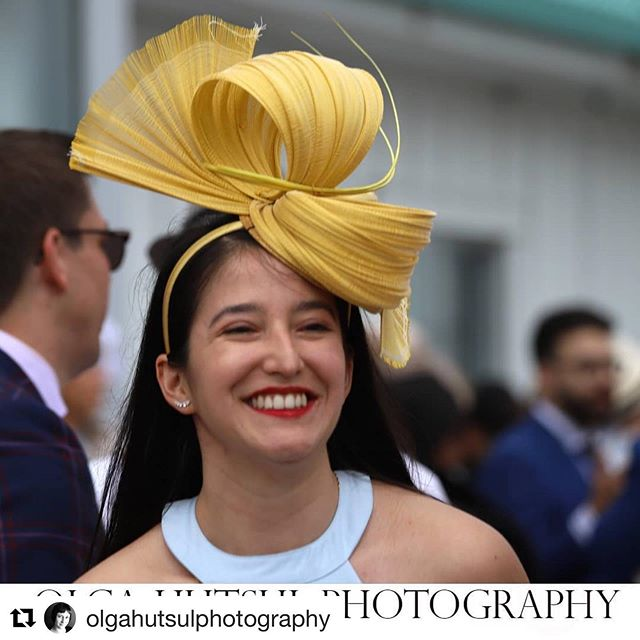Love the moment ! Thank you @olgahutsulphotography for the great capture 📷 @greenwoodstakes  #Repost @olgahutsulphotography with @get_repost ・・・ At @greenwoodstakes , @woodbinetb  Isnt that gorgeous?  #woodinetb #greenwoodstakes #greenwoodstakes2019 #facinator #elegant #milliner #picoftheday #happydays #jaycowmillinery #canadianmillinery #bestdressed #racingfashionhats #queensplate #yyzevents