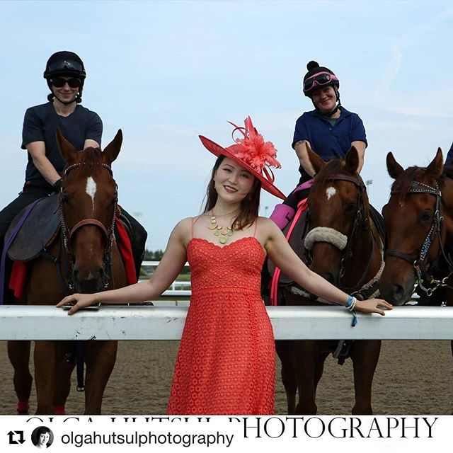 The Beautiful @summeryixuanyangmaking new friends @greenwoodstakes #racingfashionhats  #greenwoodstakes  #jaycowmillinery  #bestdressed #yyzevents  #adayattheraces #queensplate  #canadianmillinery  #Repost @olgahutsulphotography with @get_repost ・・・ If you have been following the report about the @greenwoodstakes at @woodbintb you might be wondering - where are the horses? Here they are! With @summeryixuanyang Hat crafted by @jaycow_milliner  #racetrack #greenwoodstakes #greenwoodstakes2019 #horses #woodbineracetrack #woodbineracetracks #style #stallion #horses #woodbinetb #milliner #jaycowmillinery