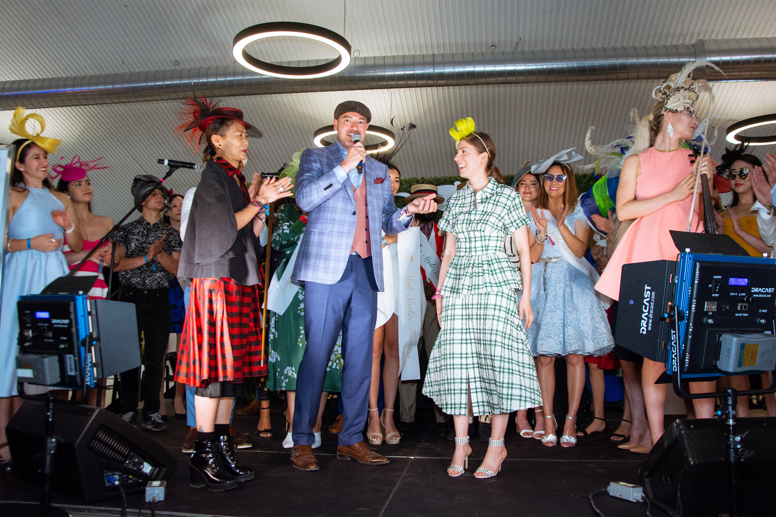 Jay Cheng of Jaycow Millinery for Greenwood Stakes by Jesús Maza_3.jpg