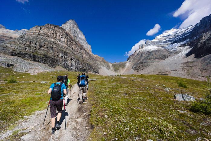 Banff-national-park-hiking.jpg