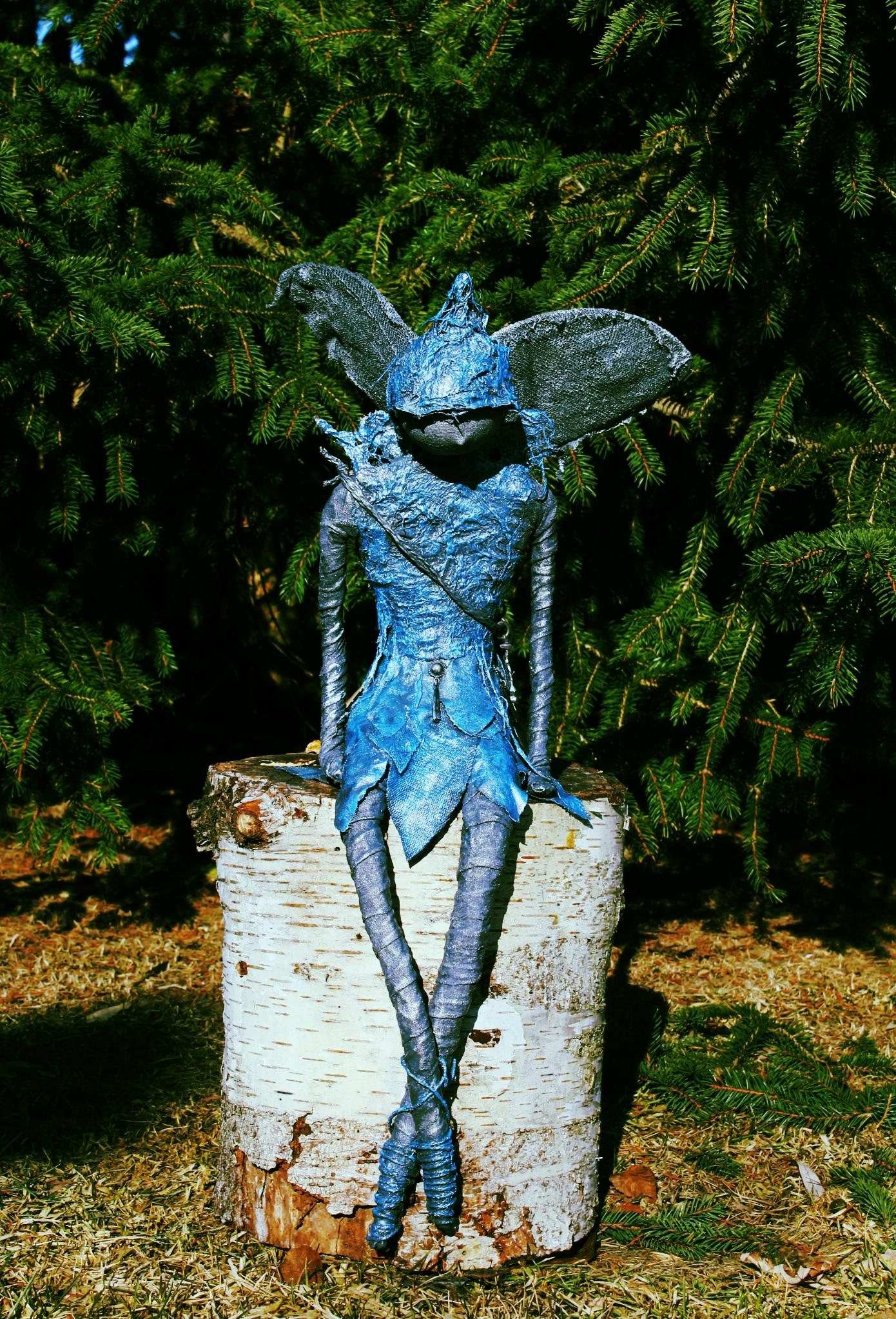 large fairy on stump 1500.jpg