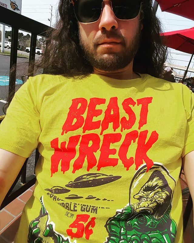 Love my new gear!! Thanks @beastwreck  #sunday #funday #sundayfunday #art #margarita #dayoff #sunny #augusta #georgia #relax #lions #mane #love #life #liberation #culture #music #djlife #producer #plur #goodvibes