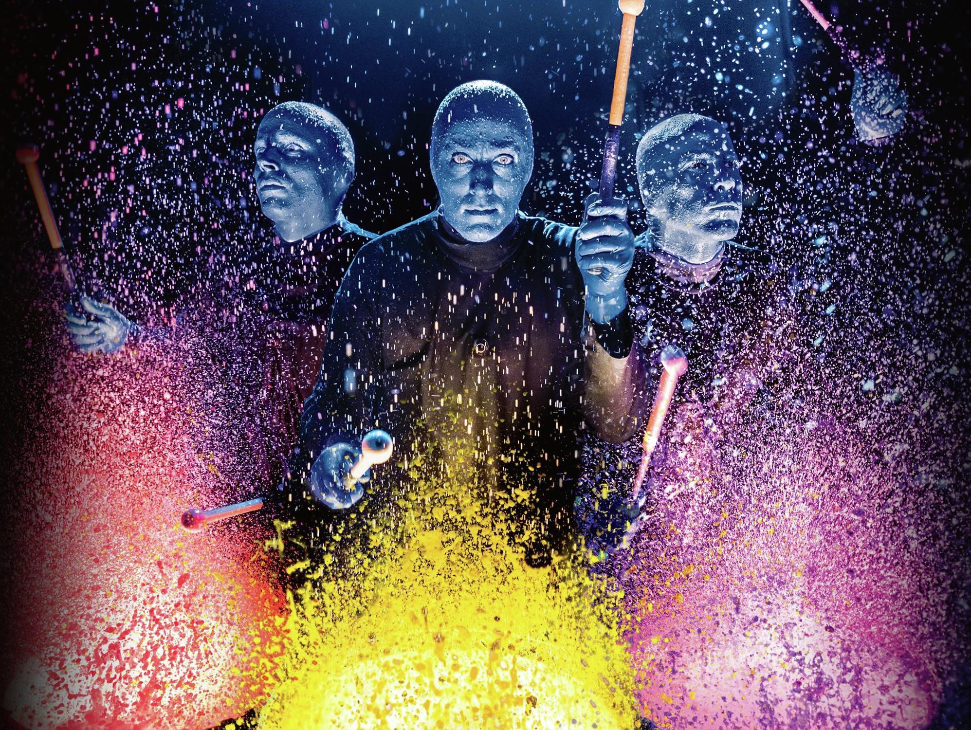 luxor-entertainment-shows-blue-man-group-paint-splatter-drums-front-view.tif.jpeg