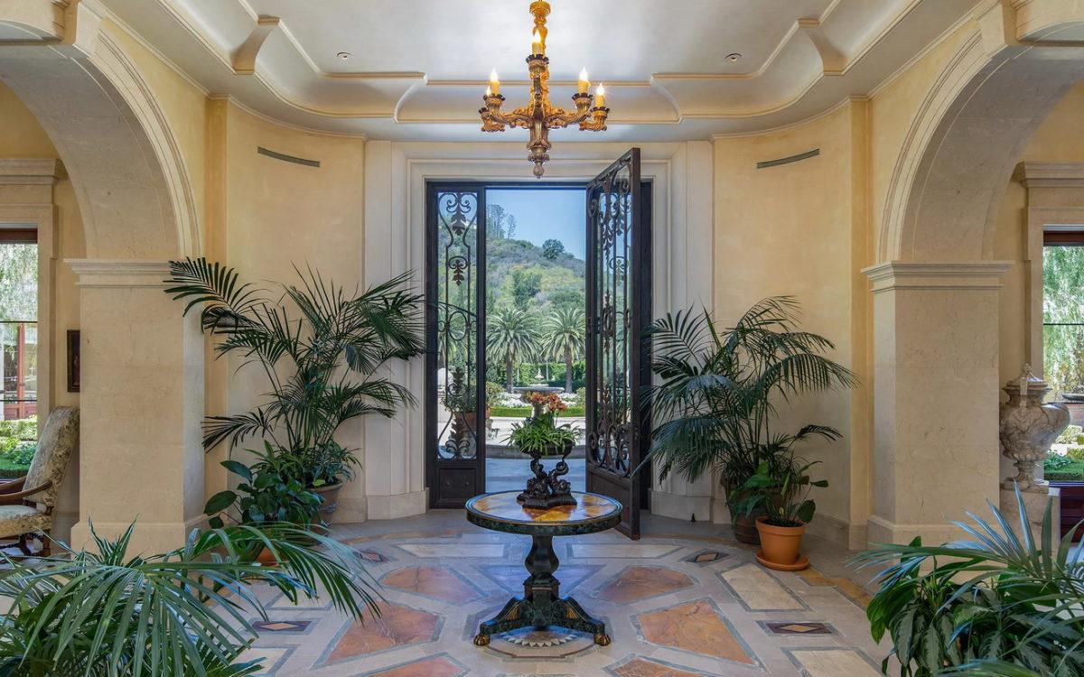 Villa-Firenze-Mediterranean-Mega-Mansion-67-Beverly-Park-Beverly-Hills-California_5.jpg
