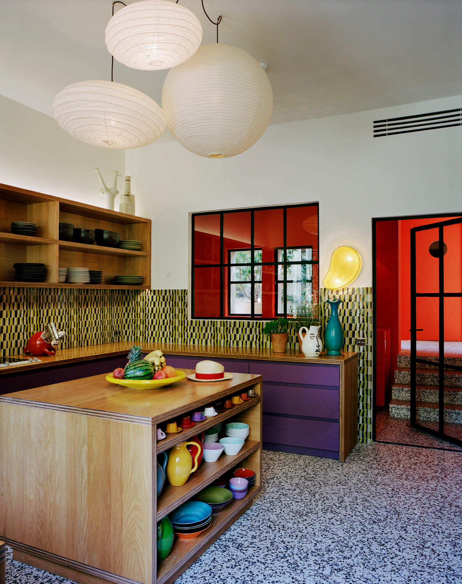 india_mahdavi_Villa-des-Alyscamps_2009_residential_Arles_architecture_design_interior_4-1584x2000.jpg