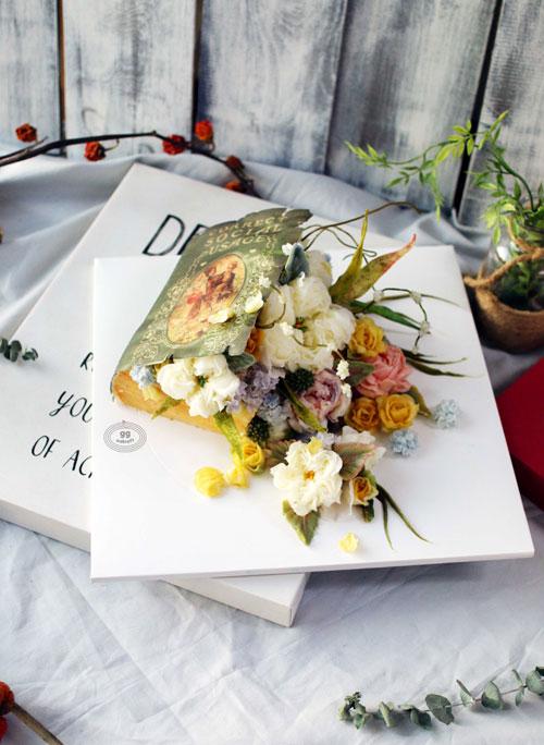Day 4. Book cake   - Edible bookcake icing  - English rose, Hydrangea, cosmos, delphinium, 3D leaf.