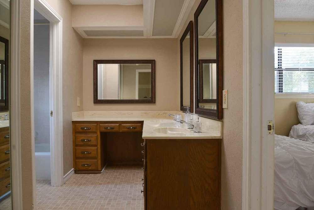 Northeast Dallas Bathroom