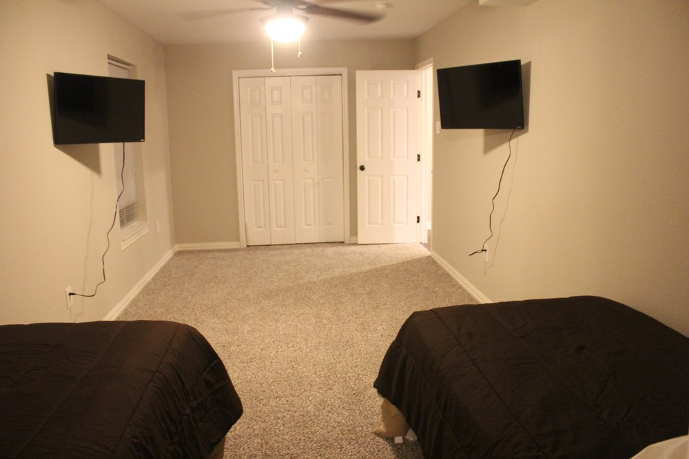 Richardson Men's Bedroom