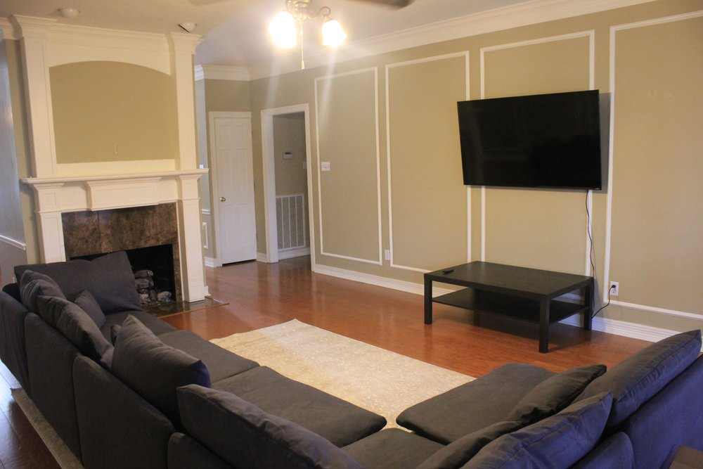 Plano Living Room