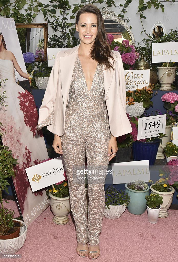 Awards-2016-9-KristenGutoskie_1.jpg