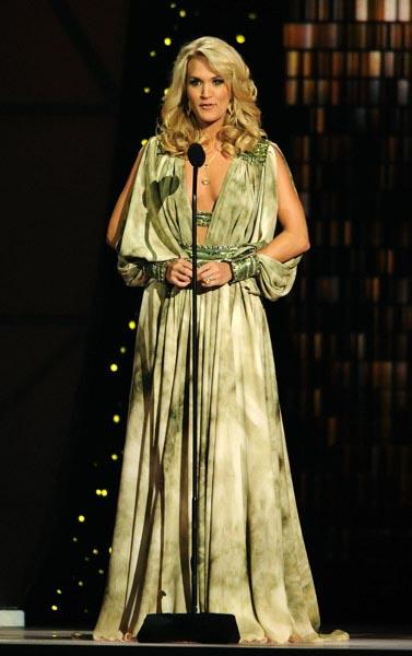 Carrie-Underwood-2011_1.jpg