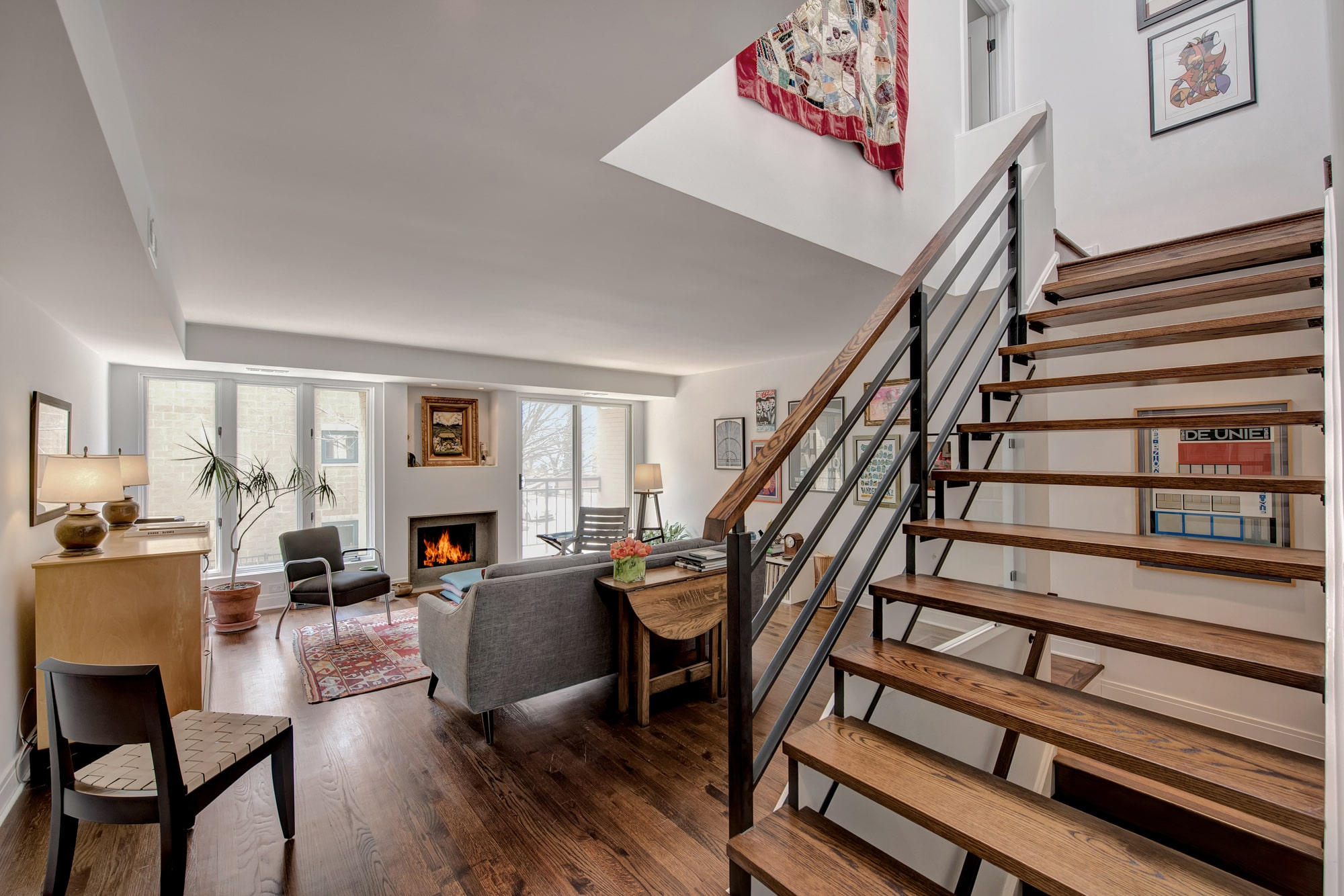 CHICAGO TOWNHOME - Full renovation of 2100 sq. ft. townhome in Old Town neighborhood