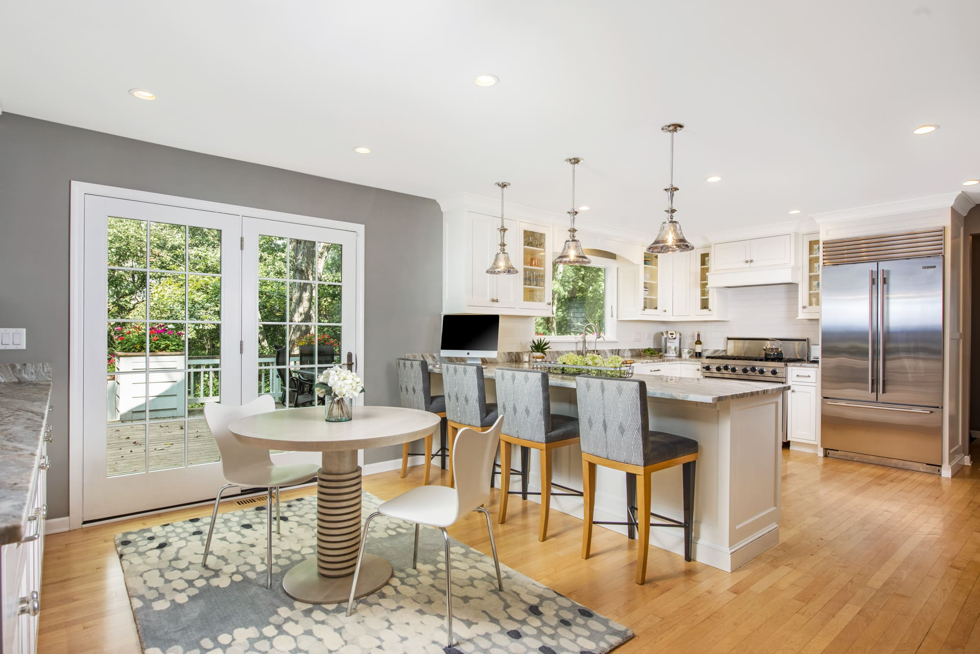 NORTH SHORE RESIDENCE - Kitchen and Dining Room renovation, including custom furniture and lighting design
