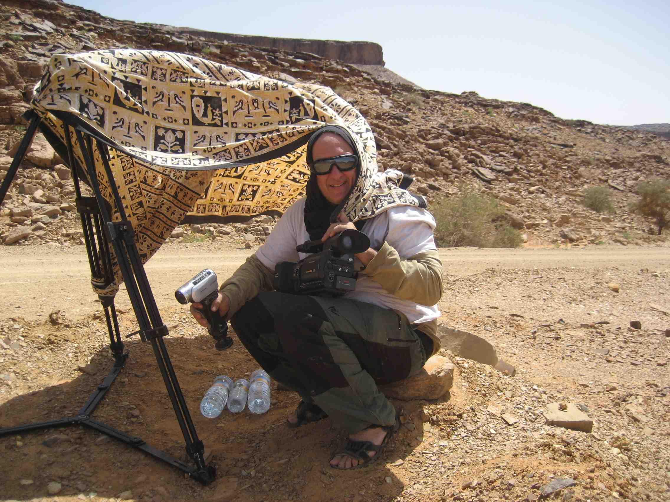 Esperando. Saara na Mauritânia, Vale do El Amogjar foto João Pereira