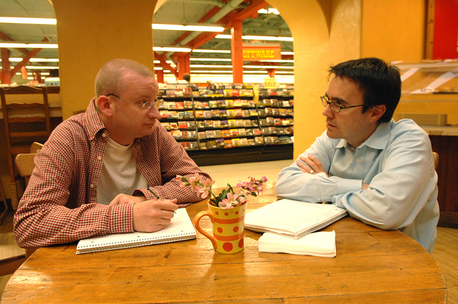 Graham Spencer (left) and Joe Kraus, two of Excite's six co-founders catching up at the coffee shop at the local Fry's Electronics, which they use as an over-flow meeting room for their new start-up, JotSpot.