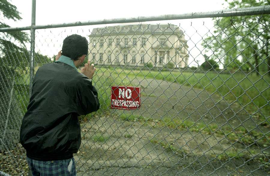 Francis Tapon outside his dream house on the outskirts of the exclusive Palo Alto in May of 1998 which he intended to buy when the stock options in his startup materialized.