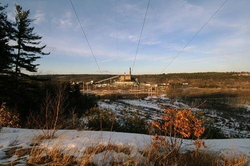 Coal plant at Merrimack – one of New Hampshire 2 coal plants. Stonyfield's Gary Hirshberg is publicly fighting against a $400m investment to save it!! Arguing that the money would be better spent in investing in CO2‐free wind energy.