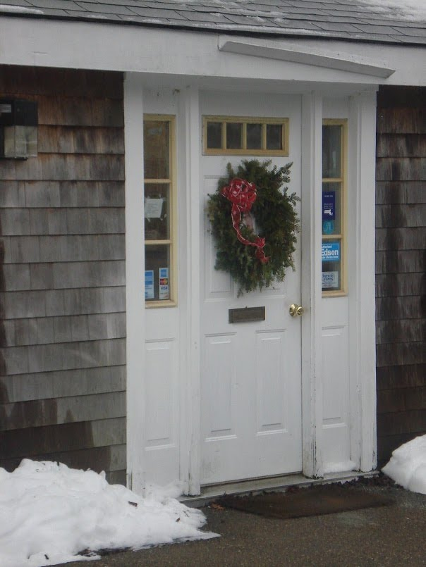 Xmas door (1).jpg