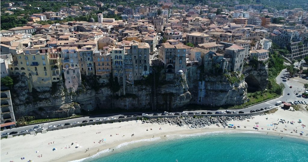 Tropea-beautiful-town-calabria-southern-italy-holiday-7.jpg