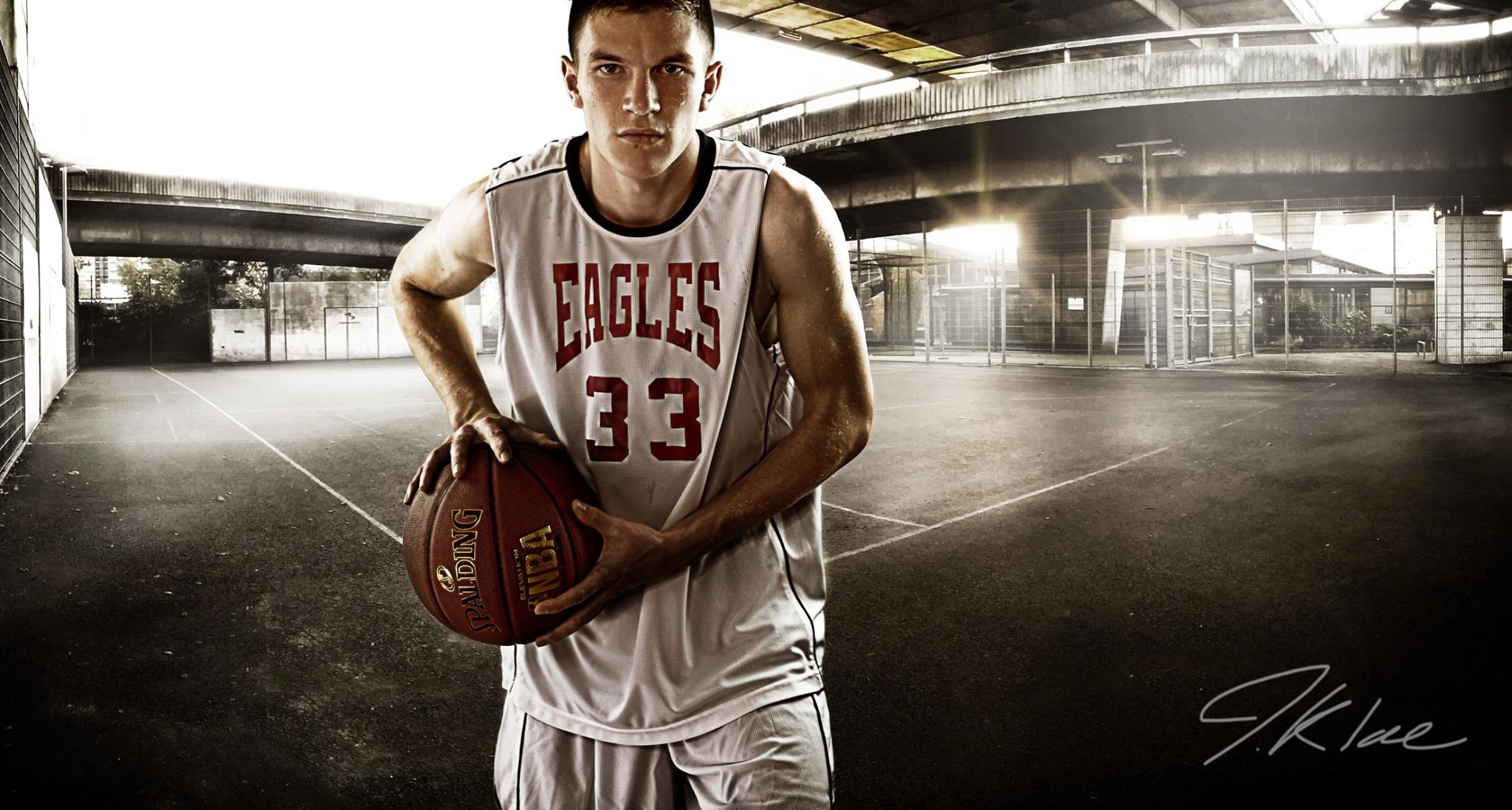 Basketball-Player-senior-portrait-1.jpg