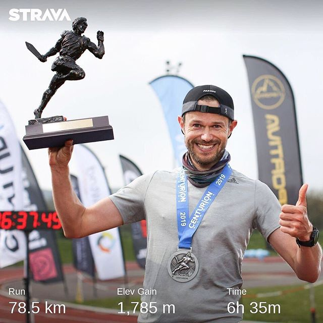 Did that actually happen?! Humbled to lead everyone home and take the win at the South Downs Way 50 Mile! ⠀ Running trails doesn't come as natural to me as the roads.. months of solid hard work, getting in big vertical weeks and grinding away was tough.  The goal was never to win, just run a strong race.. the fact the both happened is just so so cool. ⠀ Huge thanks to the @centurionrunning crew for organising the best trail races in the country.. the sense of community is so strong.  Congratulations to @juliadavis101 for breaking the course record.. huge things ahead for her no doubt! And to the volunteers and runners who I was lucky enough to share the trails with, you are all legends.. and have loved hearing all the tales from you all post race. ⠀ Next stop @londonmarathon in 3 weeks, ah.. so it's exciting!!