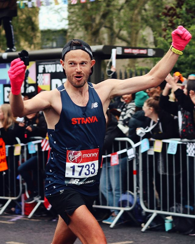 That London Marathon feeling! Running 2:35 while filming.. it's still quite surreal. The vlog of the race is now on YouTube.. if you want to hear the BEST crowds in the world cheer, scream and go crazy then check it out! (Link in bio) ⠀ The London marathon national and international ballot is now open.. so get your entry in, yes it's hard.. but people DO get in every year!  It's the greatest race I've ever done.. maybe Comrades 2020 will top it?! Can't wait to find out! ⠀ If you ran I hope your recovery is going well.. keep active, walking is great for repairing the legs! ⠀ Next stop is Edinburgh Marathon, can't wait to get back to Scotland 🏴 💙 ⠀ 📸 by the awesome @bengregz