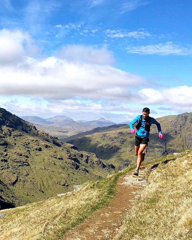 Scotland.. WOW, what an absolutely stunning place! 🏴💙The friendliest people, scenery that takes your breath away and hundreds of trails to train to your hearts content! ⠀ Possibly running 1520m vertical climb (5000ft) over 18k wasn't the best move 2 days before Edinburgh Marathon.. but hey, it was SO worth it!  Running has to be fun and we certainly had a big smile bagging 4 Munro's! ⠀ Good luck to all those running on Sunday in Liverpool and Edinburgh.. plus the Vitality 10k on Monday.. wishing you all a great run! ⠀ All these pictures will come to life, as I filmed it all for YouTube.. should be out on Tuesday 🙌 ⠀ Have a great bank holiday weekend everyone!!