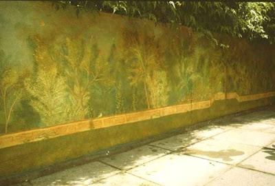 garden mural.jpg