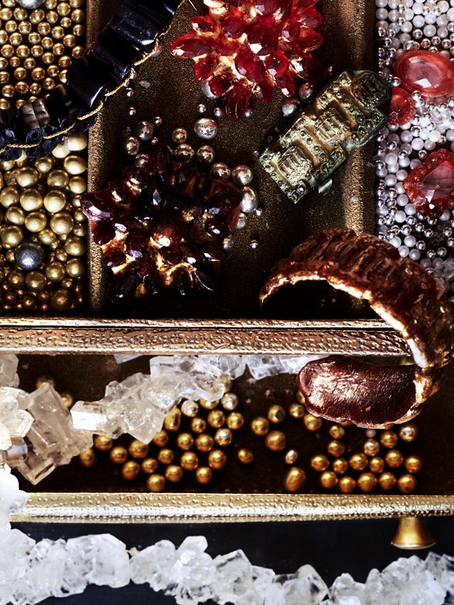 vg-objects-of-desire-012.jpg
