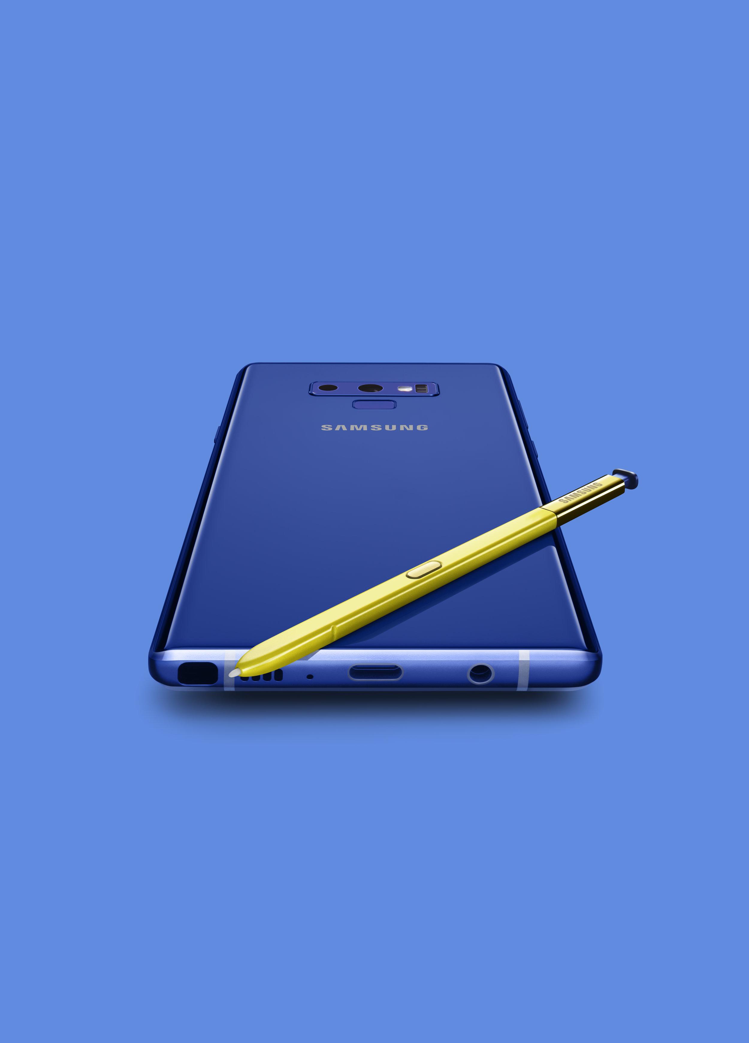 RP_Samsung_+main_kv_Blue_BACK.jpg