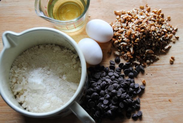 recipe_layout_pecans_chocolate_chip_cookies