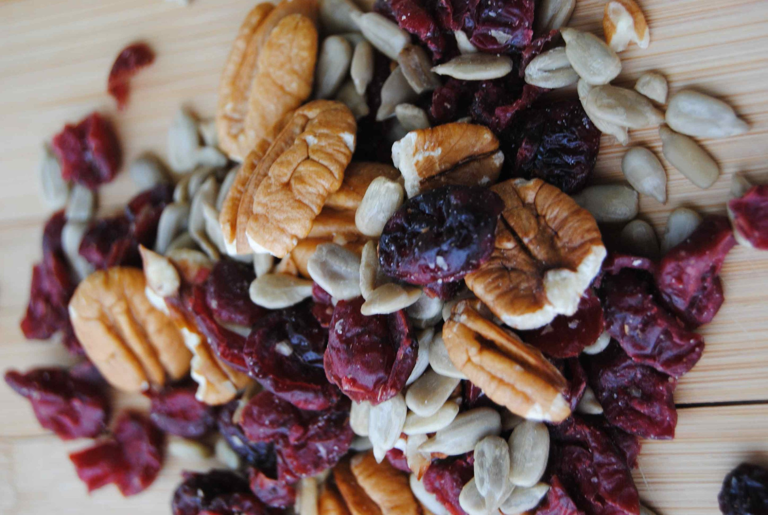 healthy_trail_mix_with_pecans