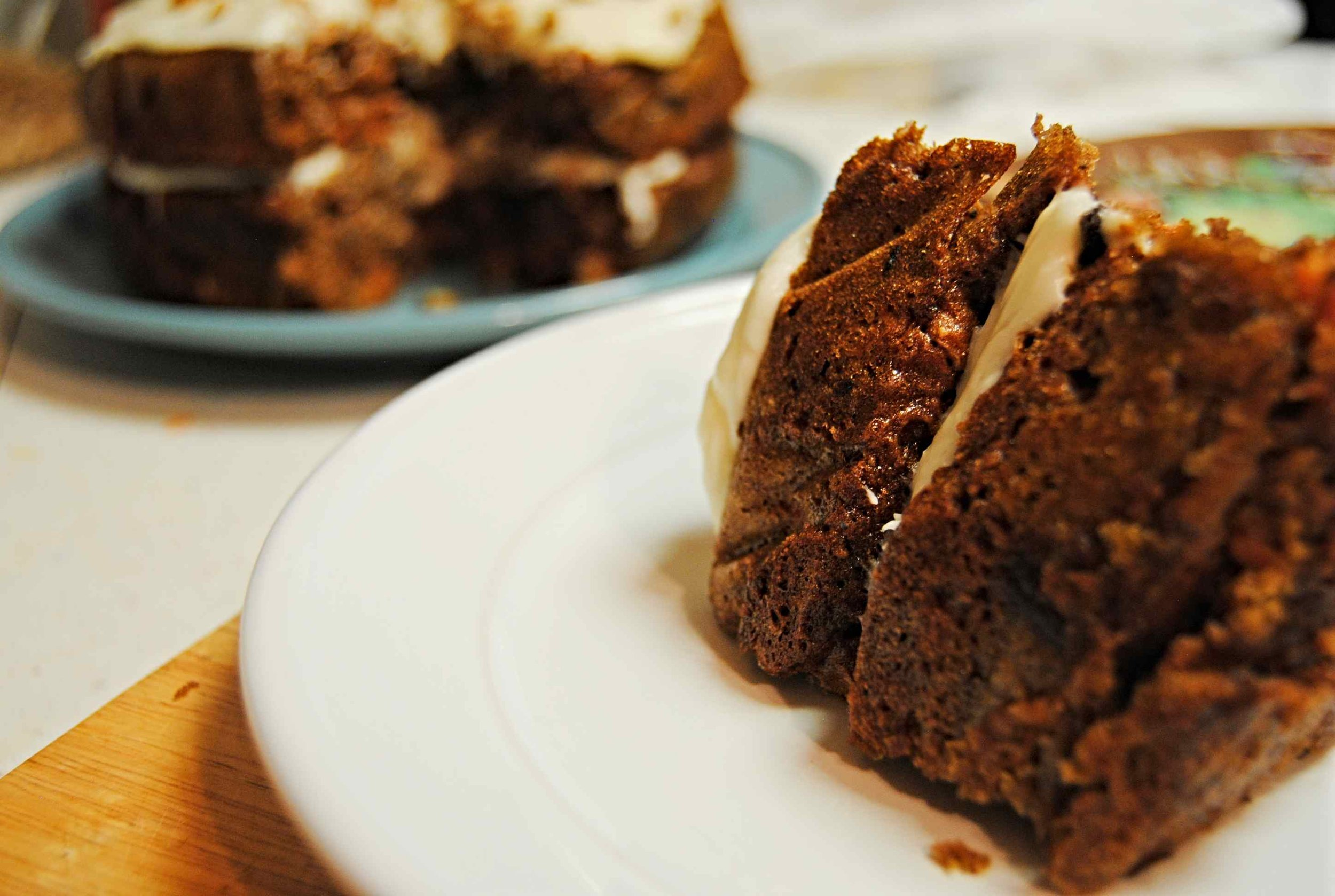 carrot_cake_with_pecans