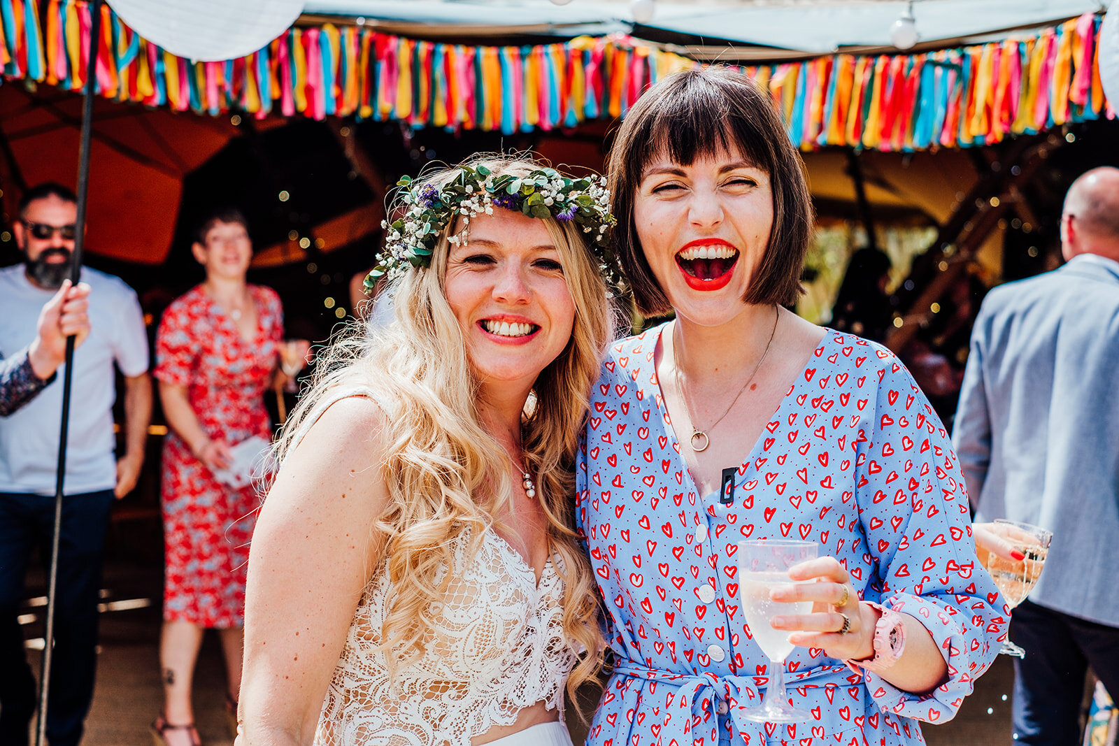 Post-ceremony drinks! What a fab day! Image by  Anna Pumer Photography