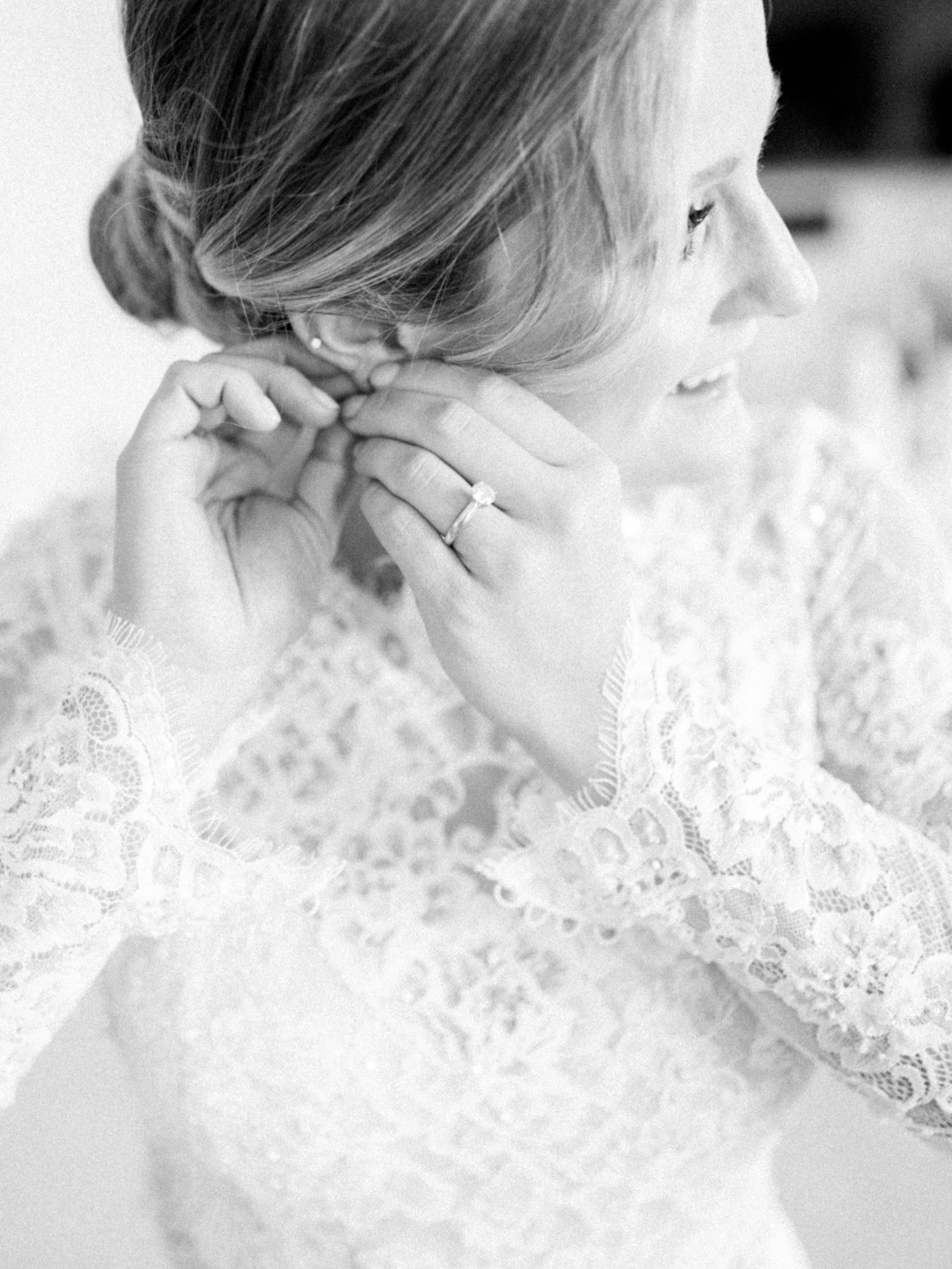 Timeless Winter Wedding    Open post >>>
