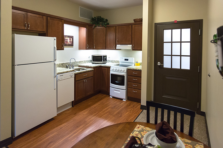 AvitaAL-Kitchen-LowRes.jpg