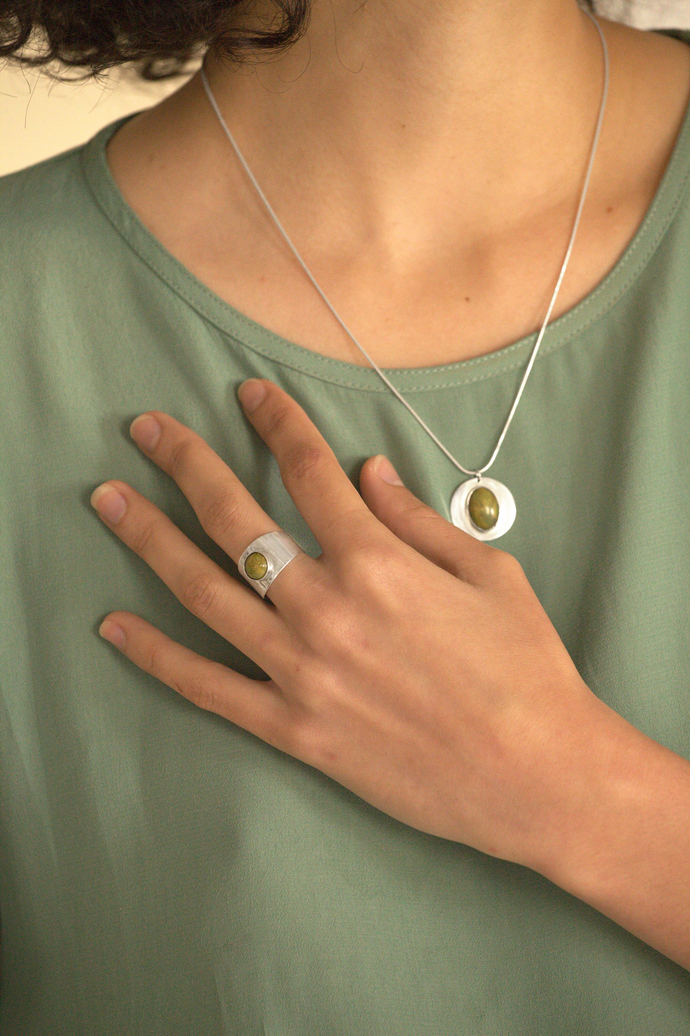 Anillo y collar PETRA / PETRA ring and necklace