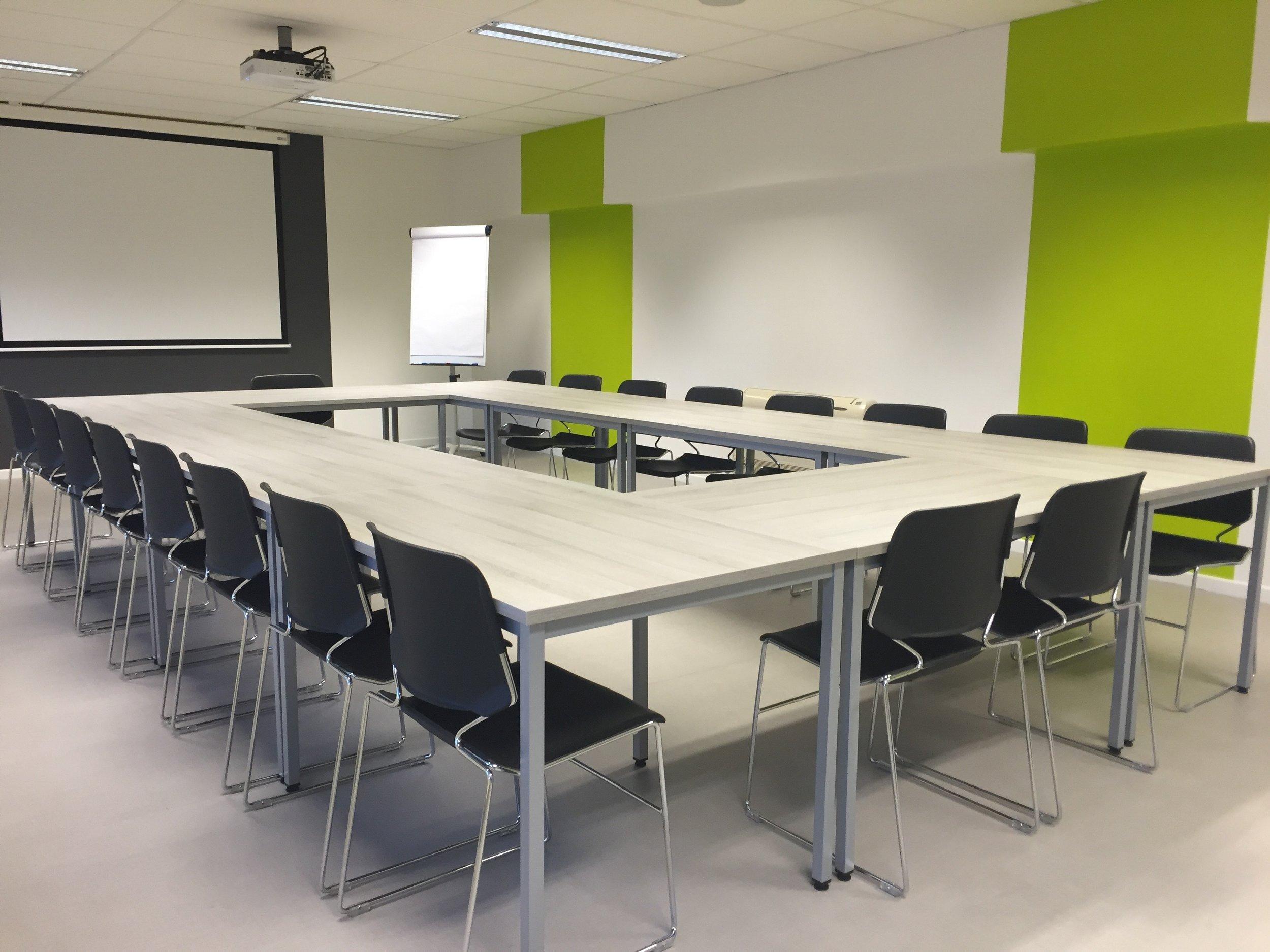 meeting-modern-room-conference-159805.jpeg