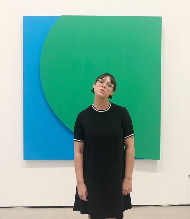 shapes 🌀♻️ green relief with blue by #ellsworthkelly [2011] . . . . @thebroadmuseum #contemporaryart #modernart #artinLA  #tbt #wbw #lamuseum #thebroad #colorgram #mypopofcolor #girlsinglasses #ootd #fashionblogger #femme