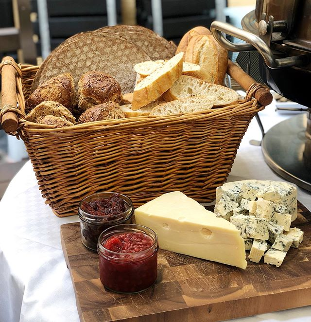 missing sweden's rotating cast of delectable cheese boards 🧀 #fromswedenwithlove
