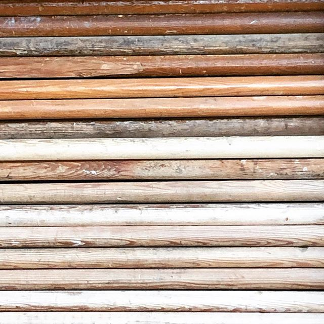 It's time for some pictures of wood and why we like it: #textures #layers #ahistoryofuse #sheerbeauty  You can't manufacture this stuff! What are your best salvaged wood projects?