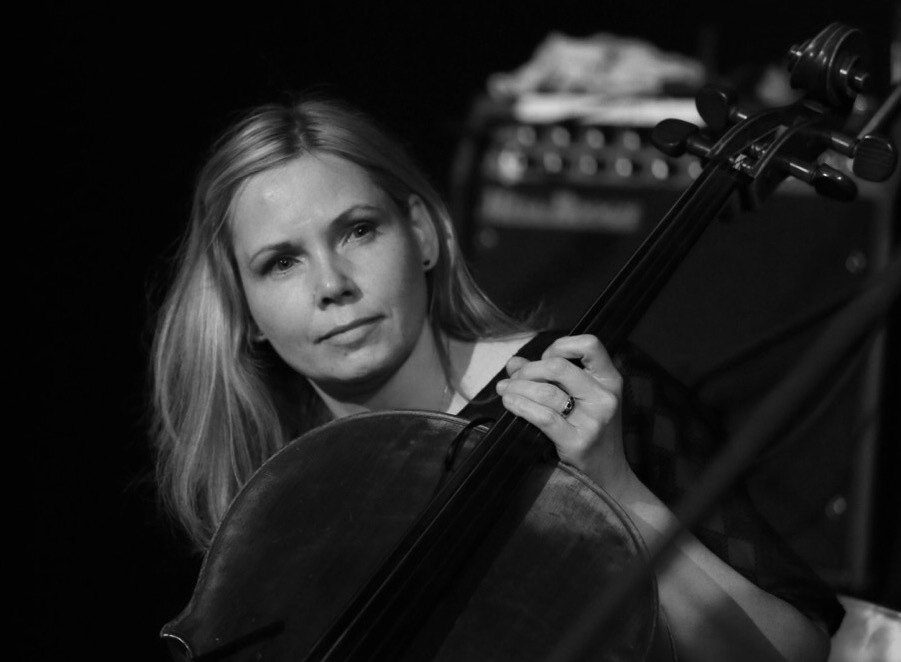 hire-cello-players-online.jpg