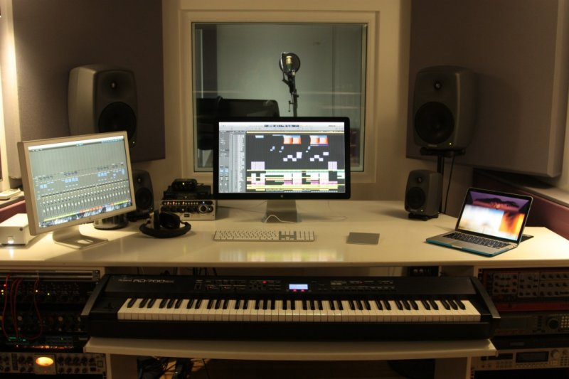 andy-whitmore-music-producer-hire-kollab.jpg
