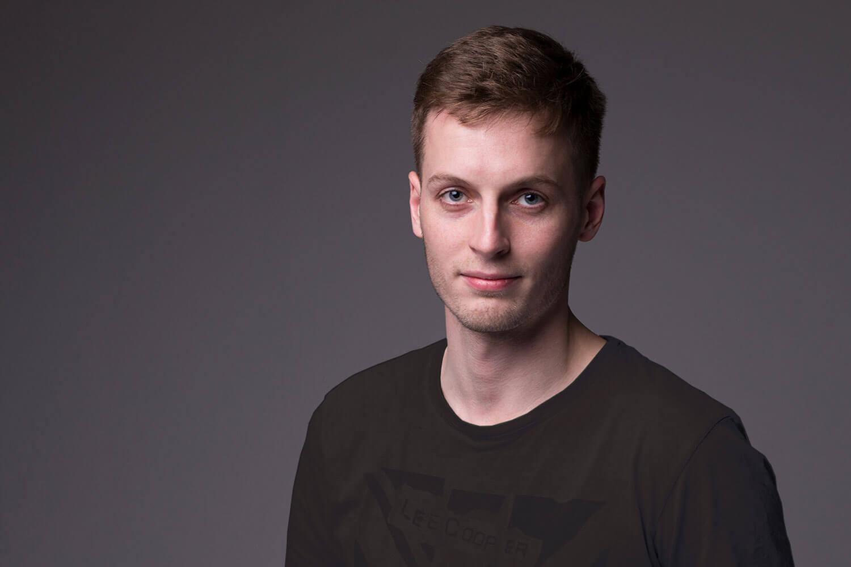 Sander Ilves - +372 512 2805sanderilves@redrocket.ee