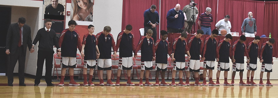 athletics-team_prayer.jpg